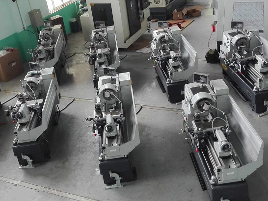 Lathe machine to sell to Vietnam